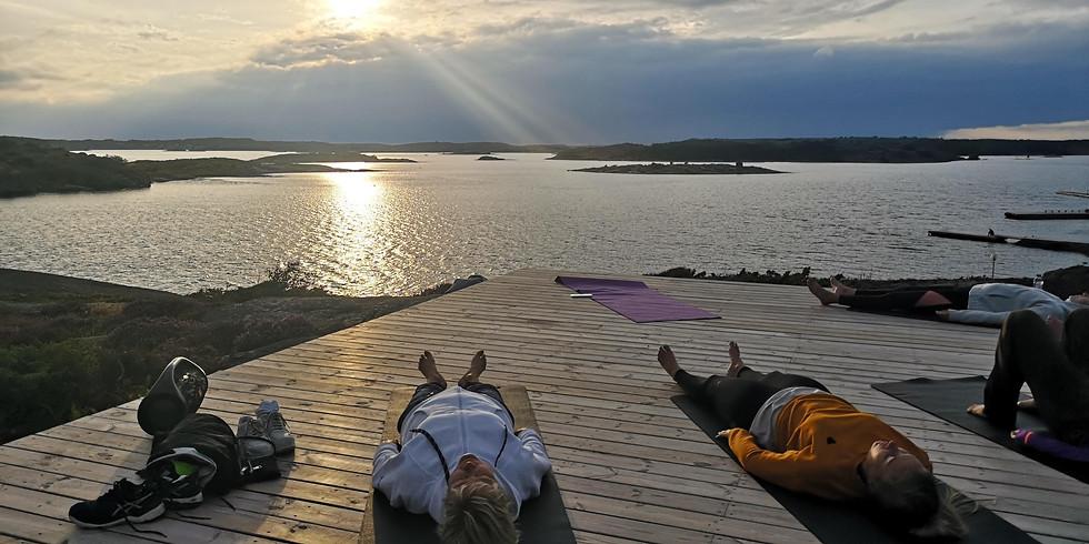 Yoga på berget, Tanumstrand