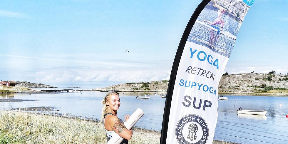 Sommaryoga vid stranden, Kyrkvikens Camping 2022