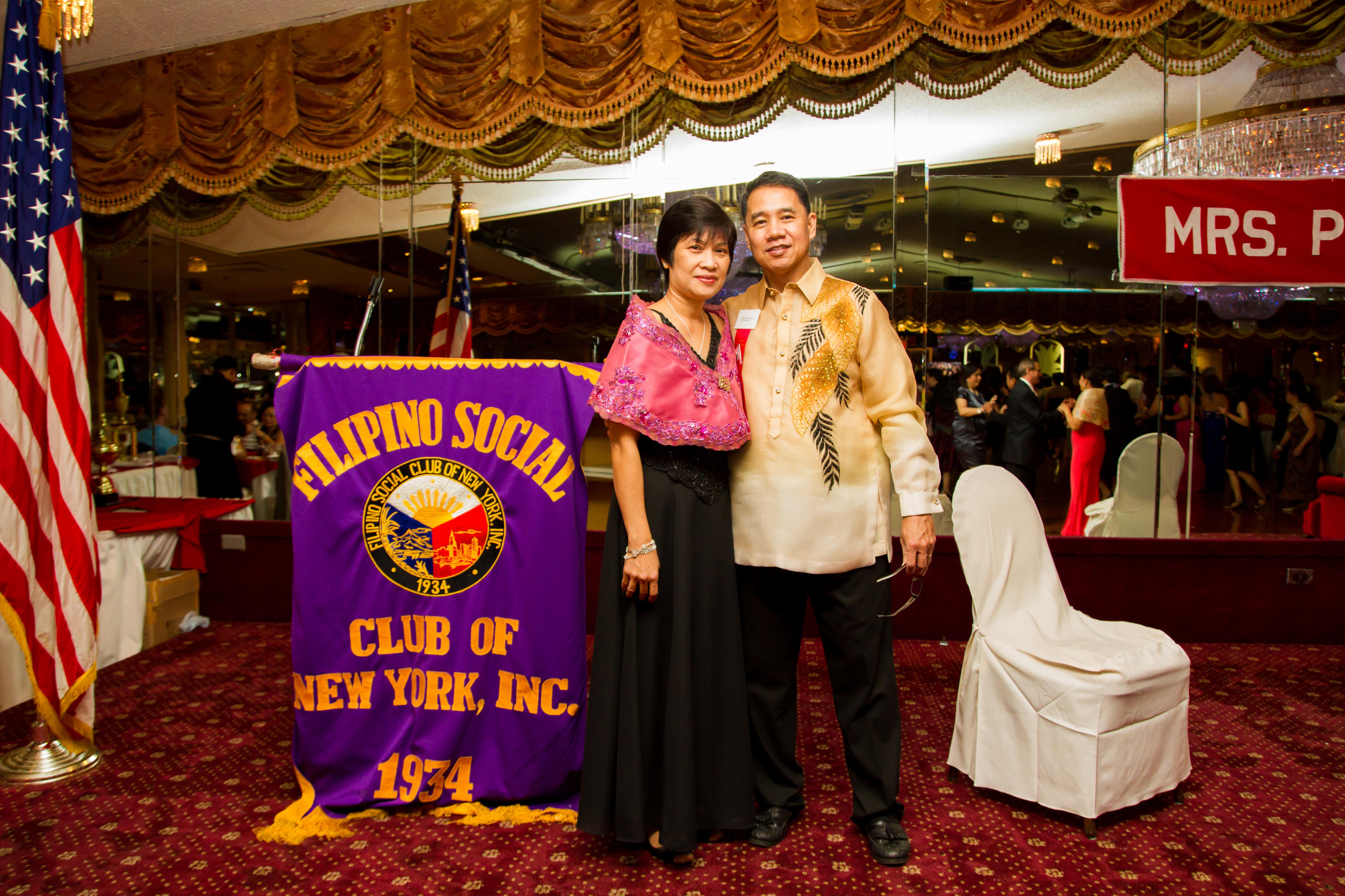 Mrs_Philippines_USAtm_2014245