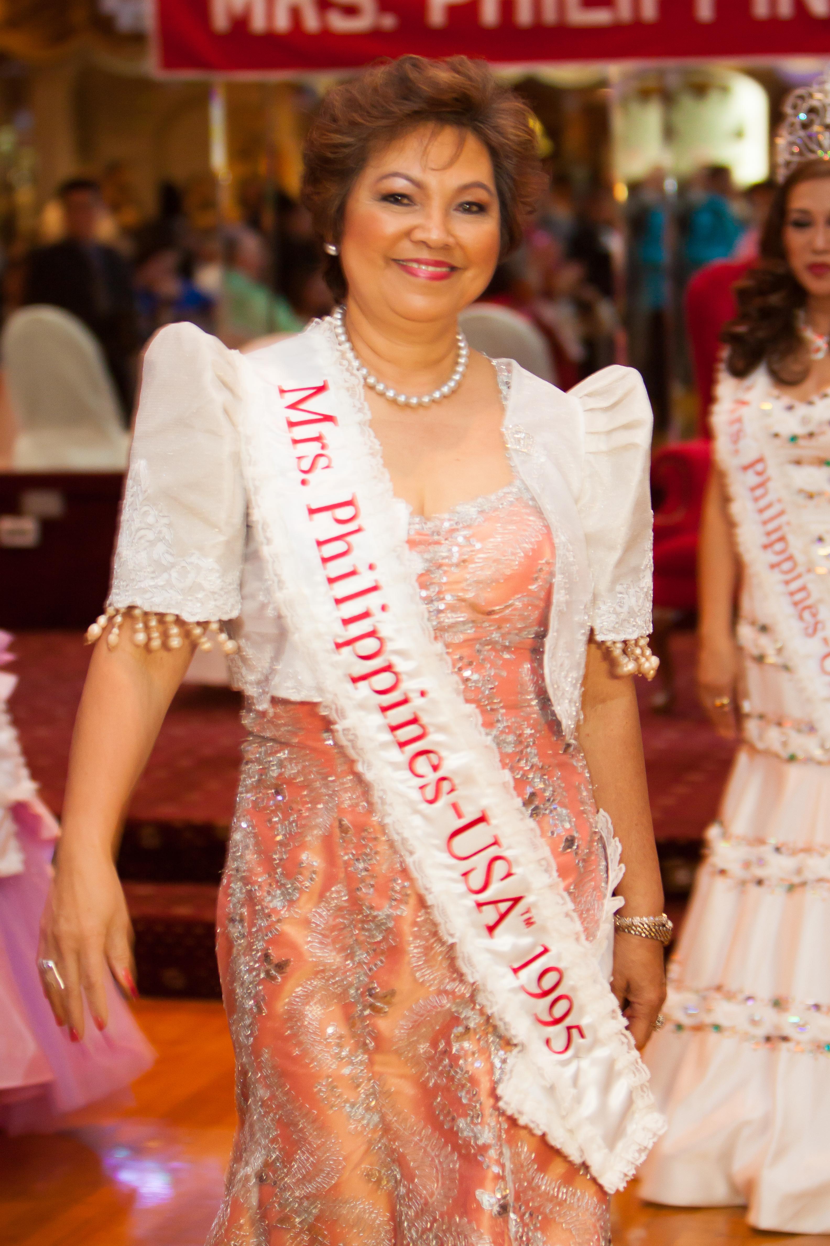 Mrs_Philippines_USAtm_2014143