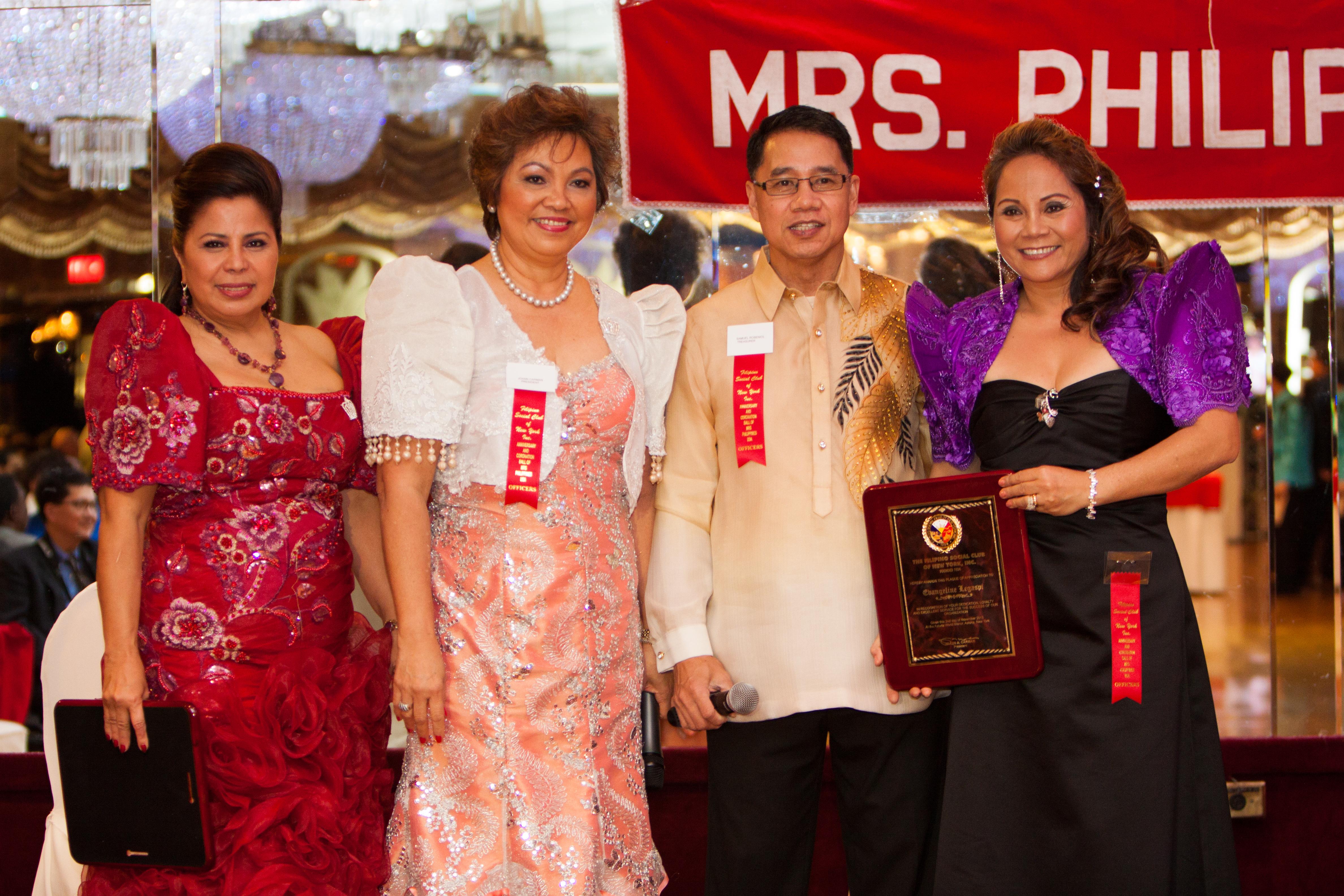 Mrs_Philippines_USAtm_2014224