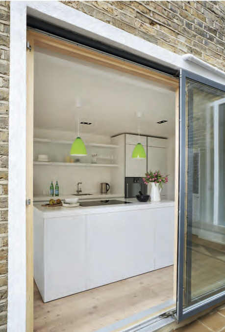 005_Remodelling and extension in South London by DHVA
