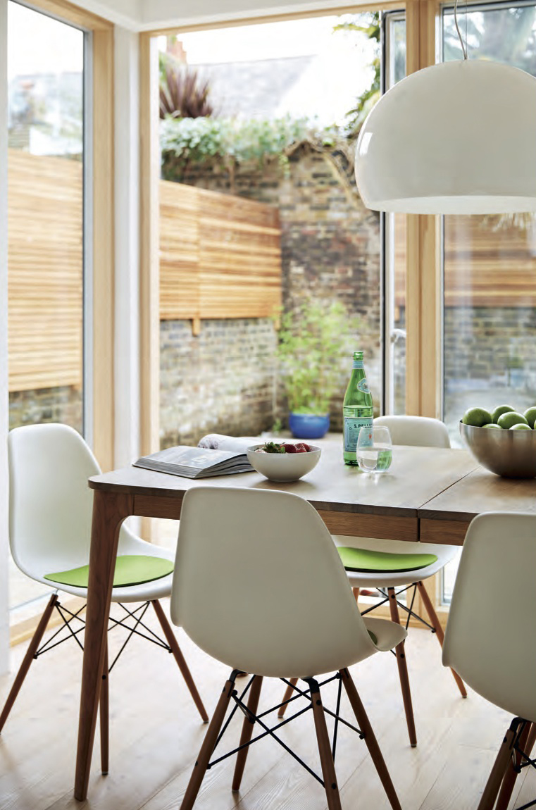 007_Remodelling and extension in South London by DHVA