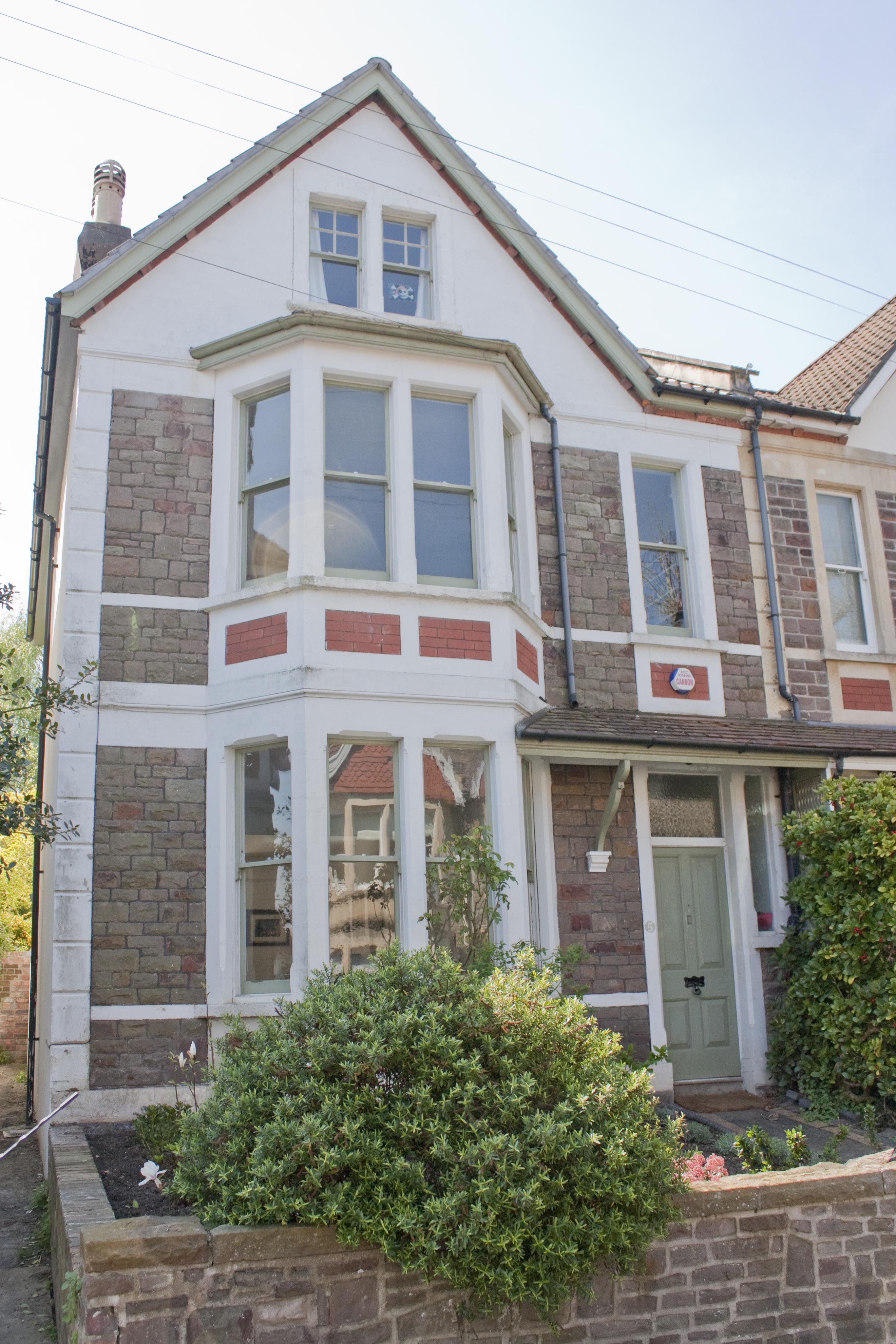 20_Designer's house in Westbury Park, Bristol by DHVA