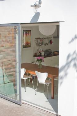 03_Designer's house in Westbury Park, Bristol by DHVA