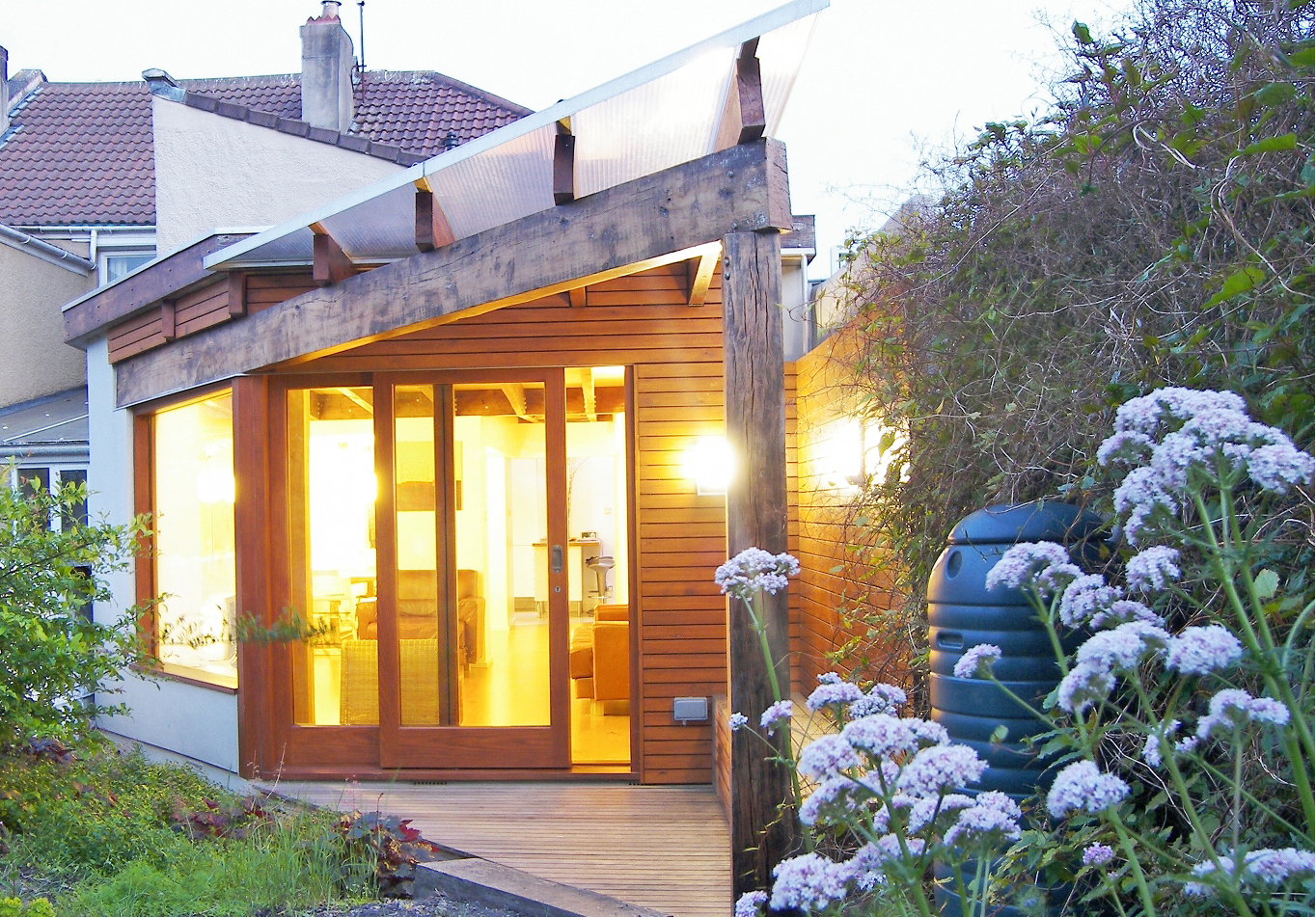 01_Extension House in Southville, Bristol by DHVA