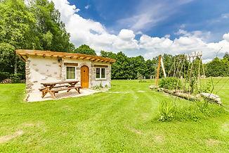 mieux qu'une yourte, la cabane en pierre, Vosges