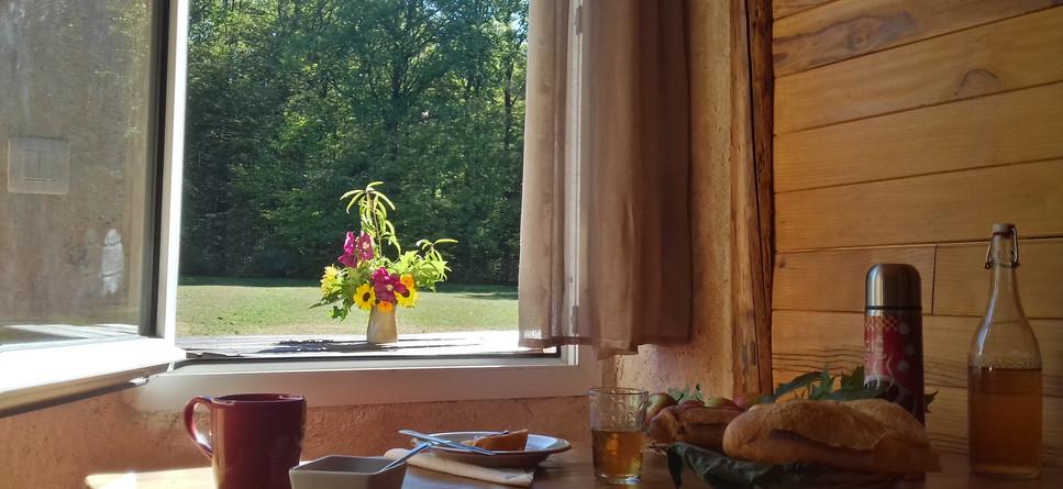 Breakfast inside or outside
