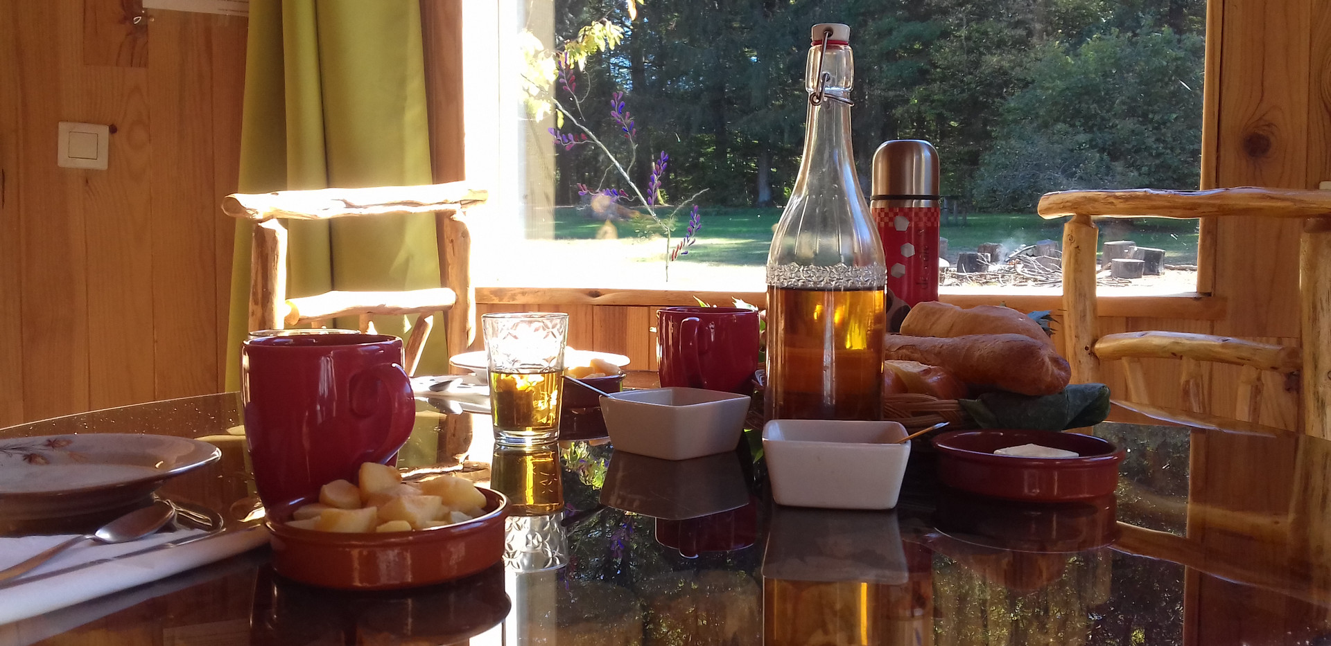 breakfast, brought to the terrace of your cabin