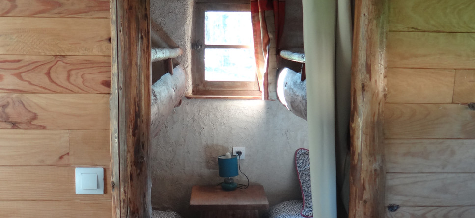 Children's corner 4 single beds