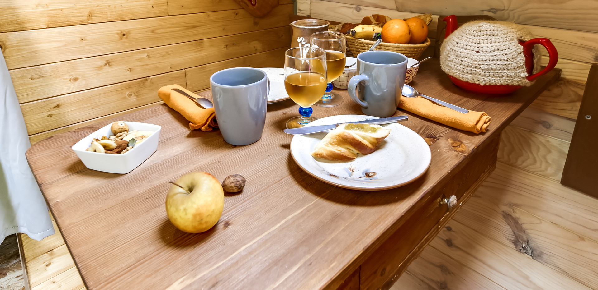 hansel cabin and gretel breakfast