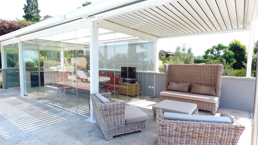 veranda-bioclimatica-piscina.jpg