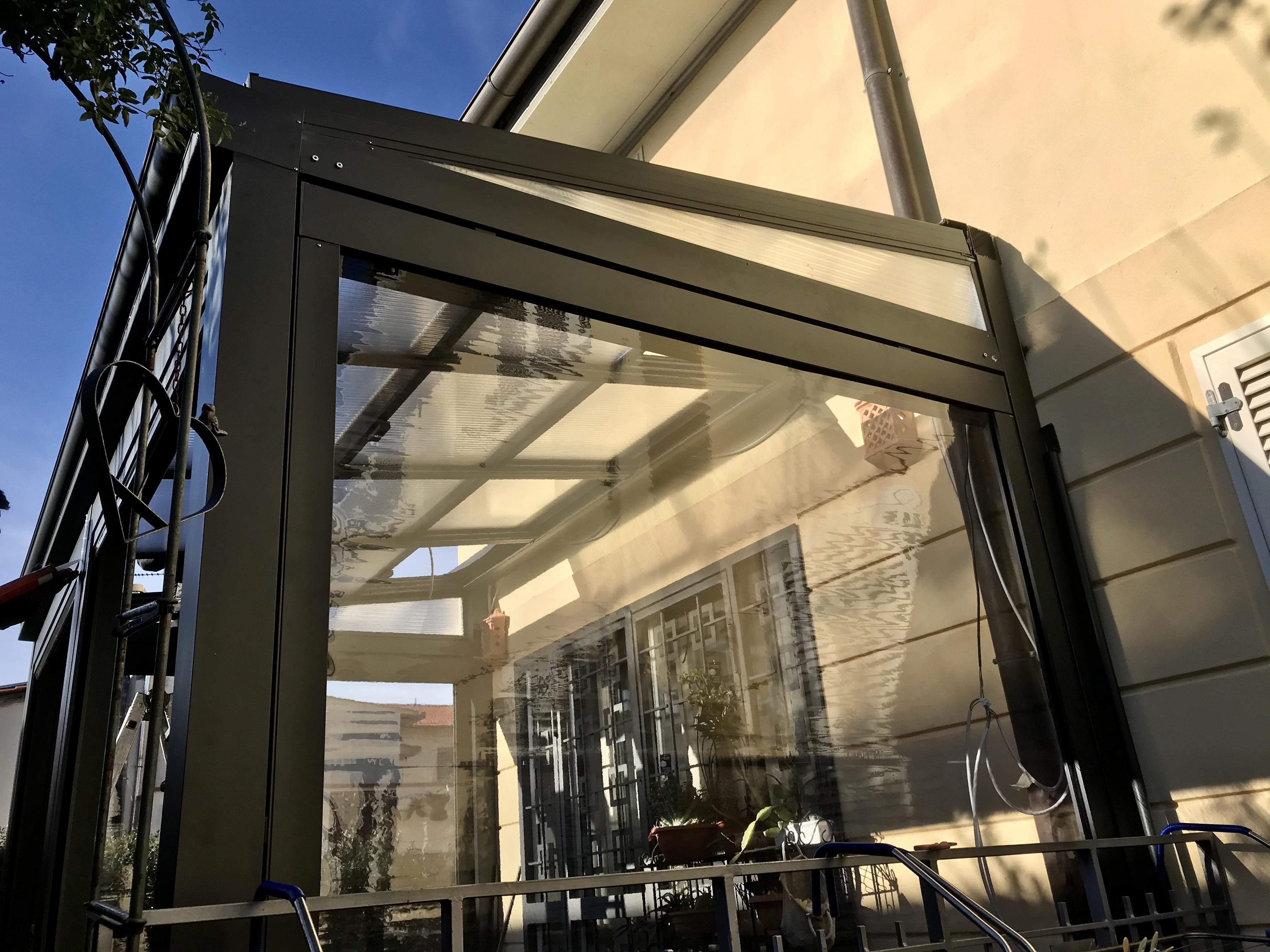 veranda Alluminio Policarbonato e Tende