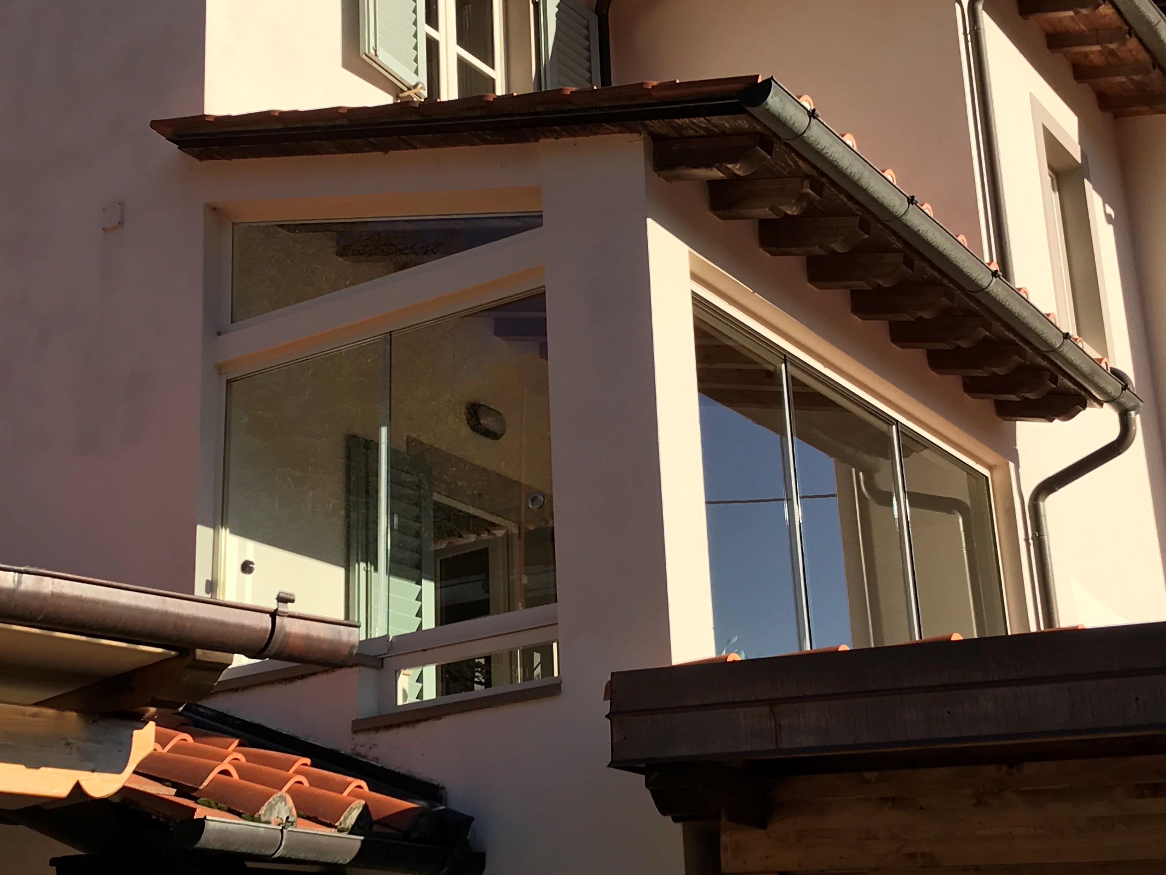 Vetrata panoramica chiusura balcone