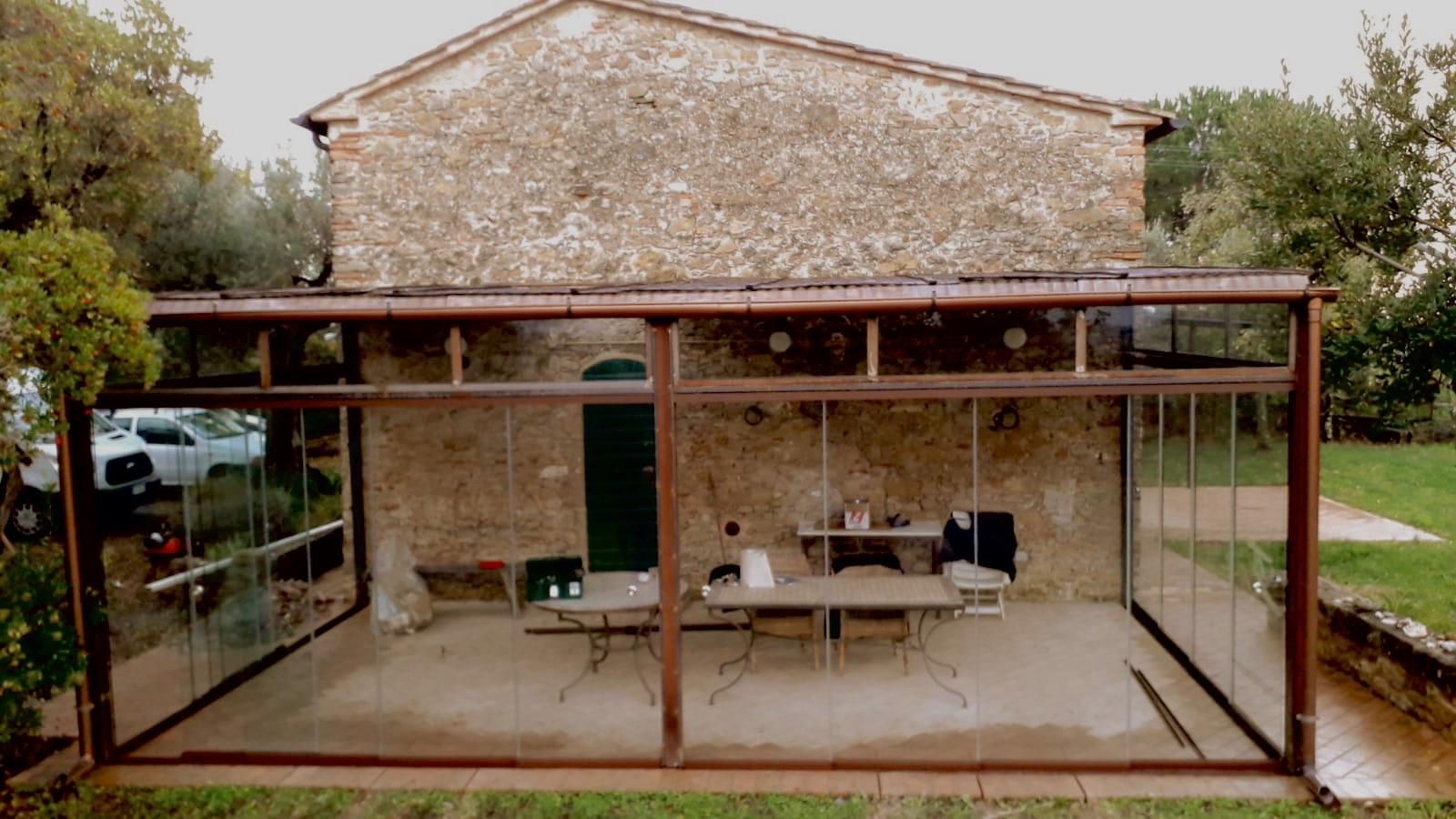 Veranda Toscana sit-in shed
