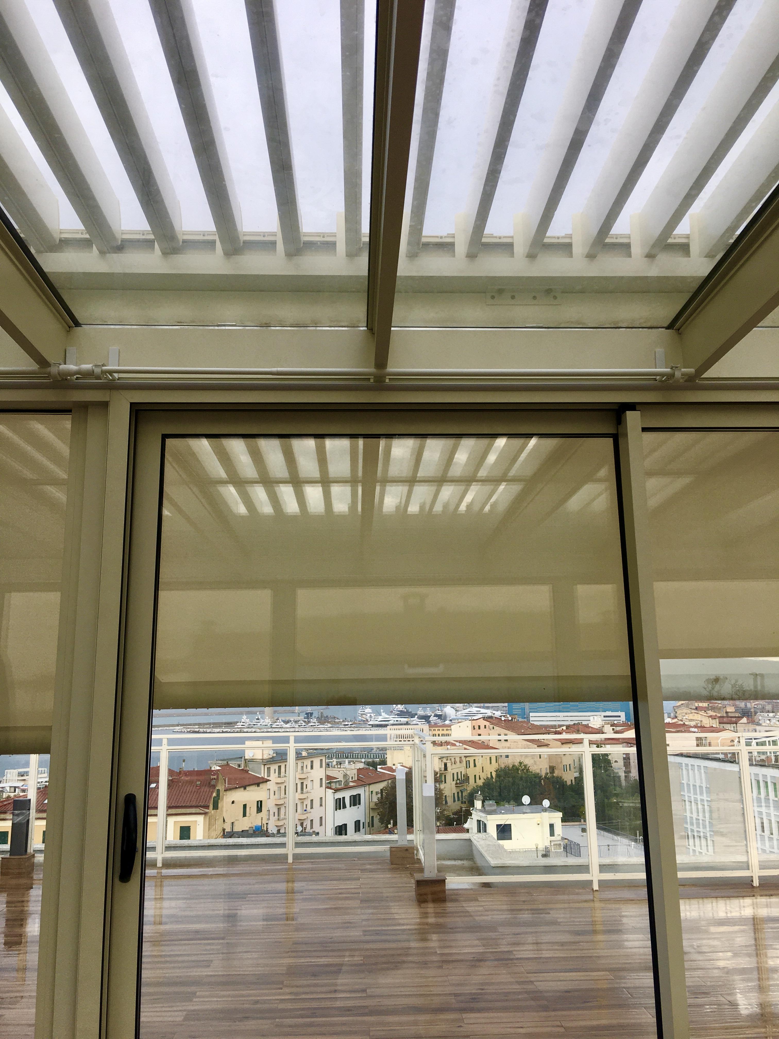 Protezione-solare-su-veranda-termica
