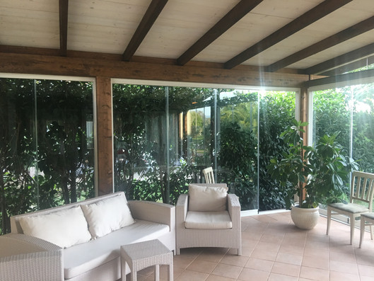 Vetrata su veranda legno