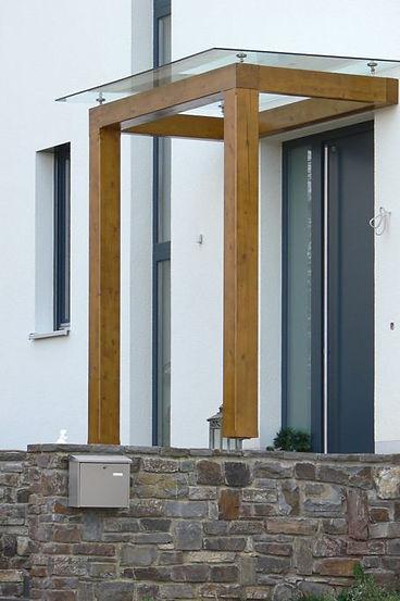 Tettoia legno e vetro