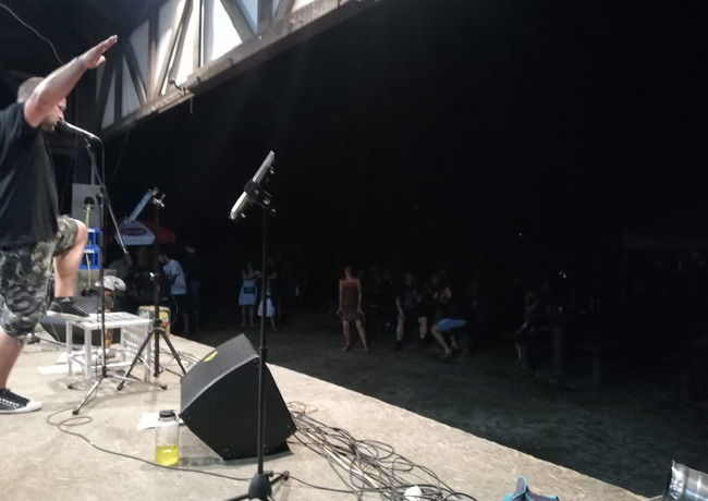 Pohled do obecenstva