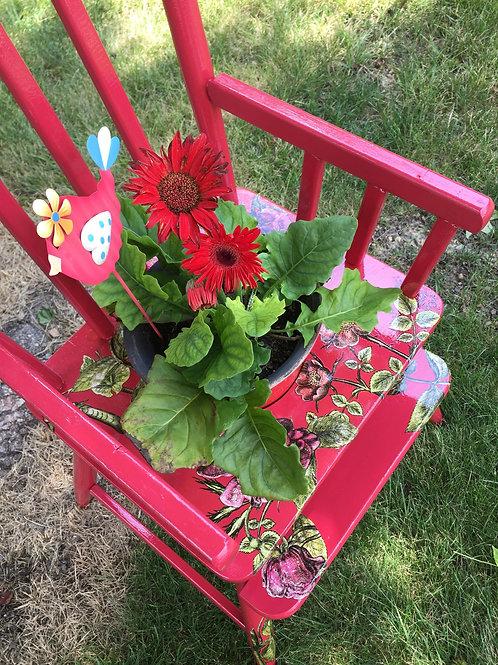 Red Flowerpot Chair