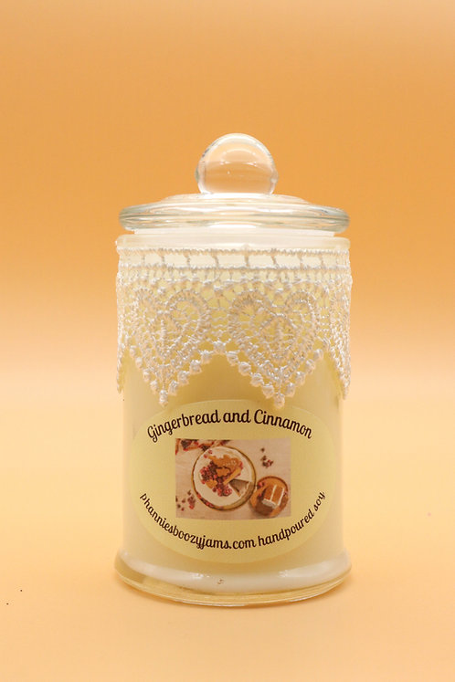 APOTHECARY CANDLE -Gingerbread & Cinnamon