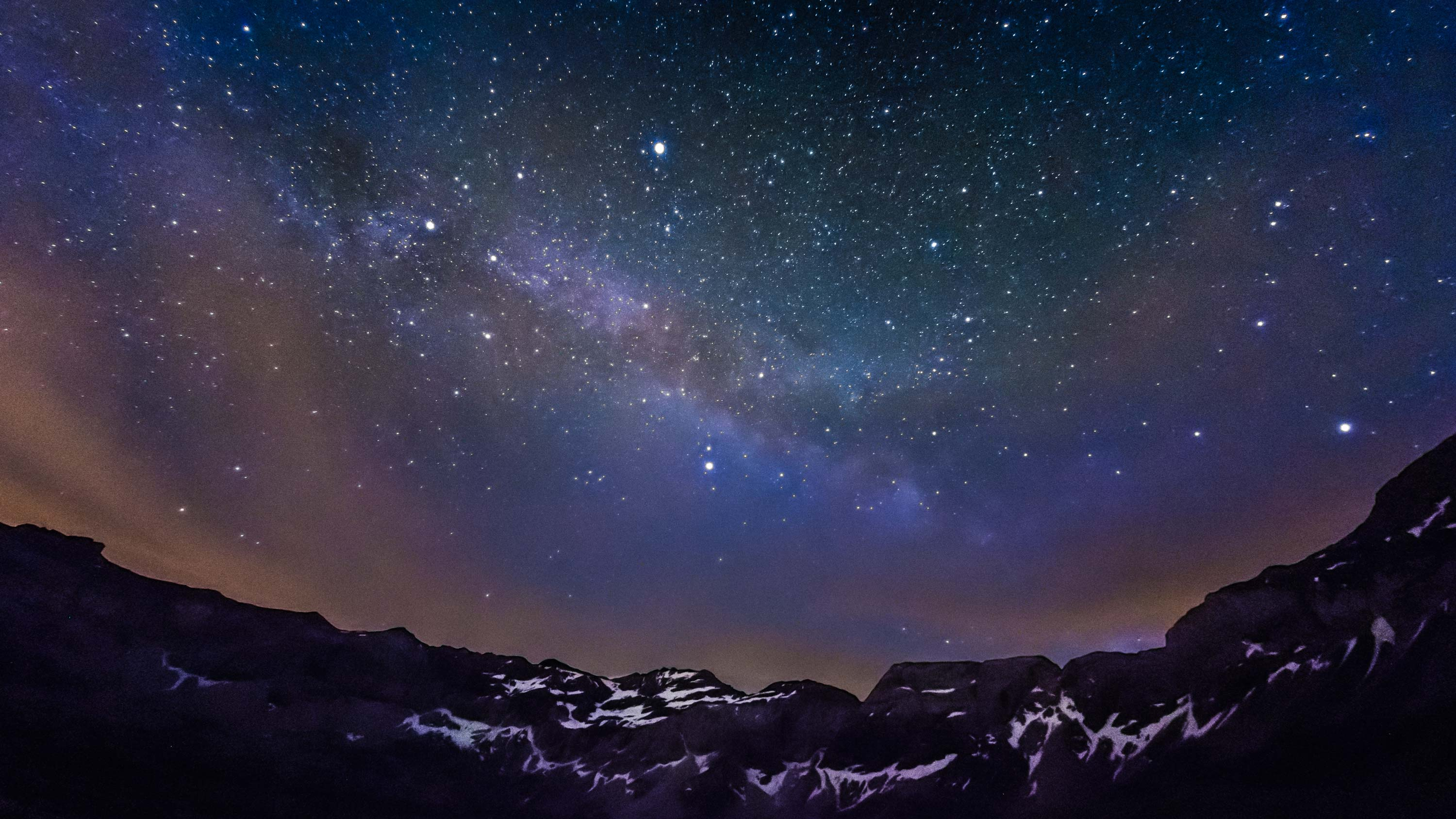 Milkyway-on-the-mounia-by-Guillaume-Coche-Photography.jpg