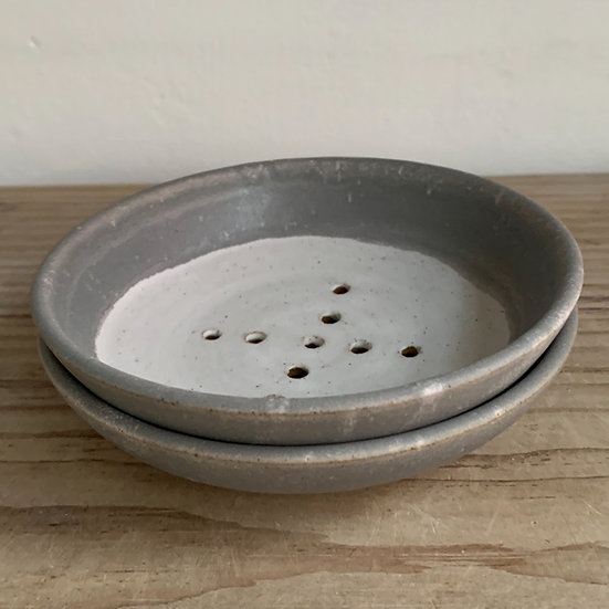 Single Soap dish grey/ white glazed curved with footring