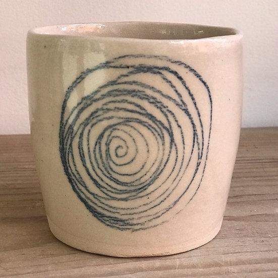 Circular Spiral Scribble Beaker