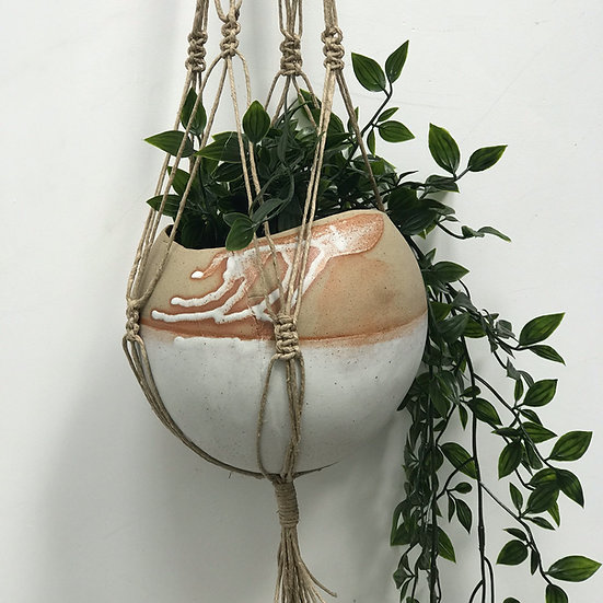 Stoneware Planter with Dolomite Glaze with Jute Macramé Hanger