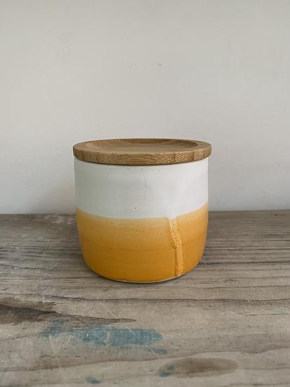 Orange pot bamboo lid
