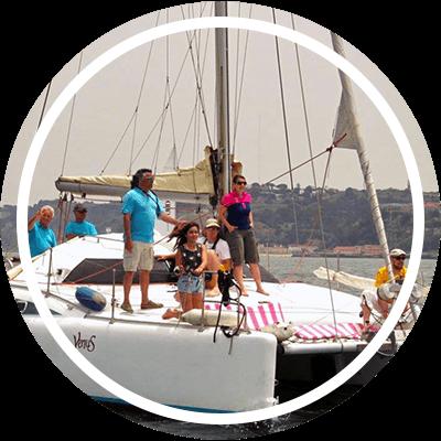 Catamaran lazy lisbon cruises