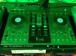 Mixing system to rock the live shows
