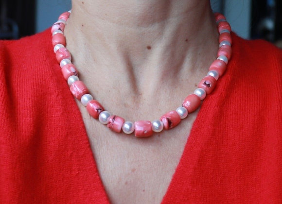 collier corail et perles de nacre