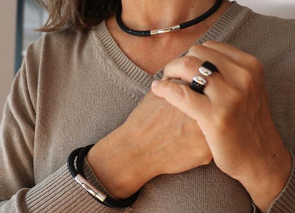bracelet/collier galuchat