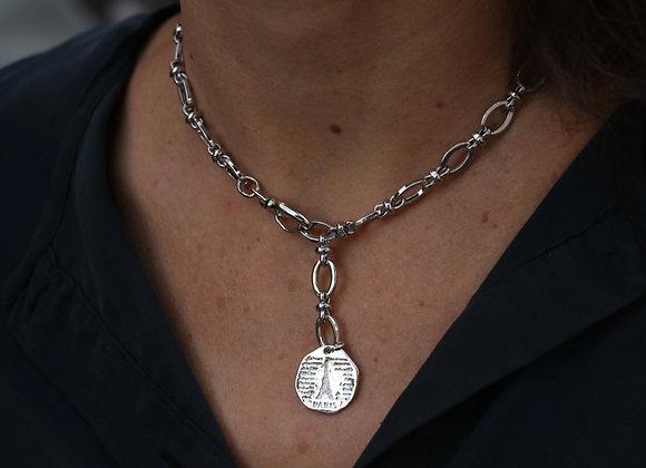 collier chaîne luxe argentée et médaillon double face