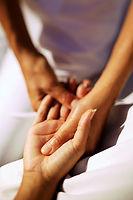 Rilassa le tue mani presso i nostri saloni di Trento e Segonzano