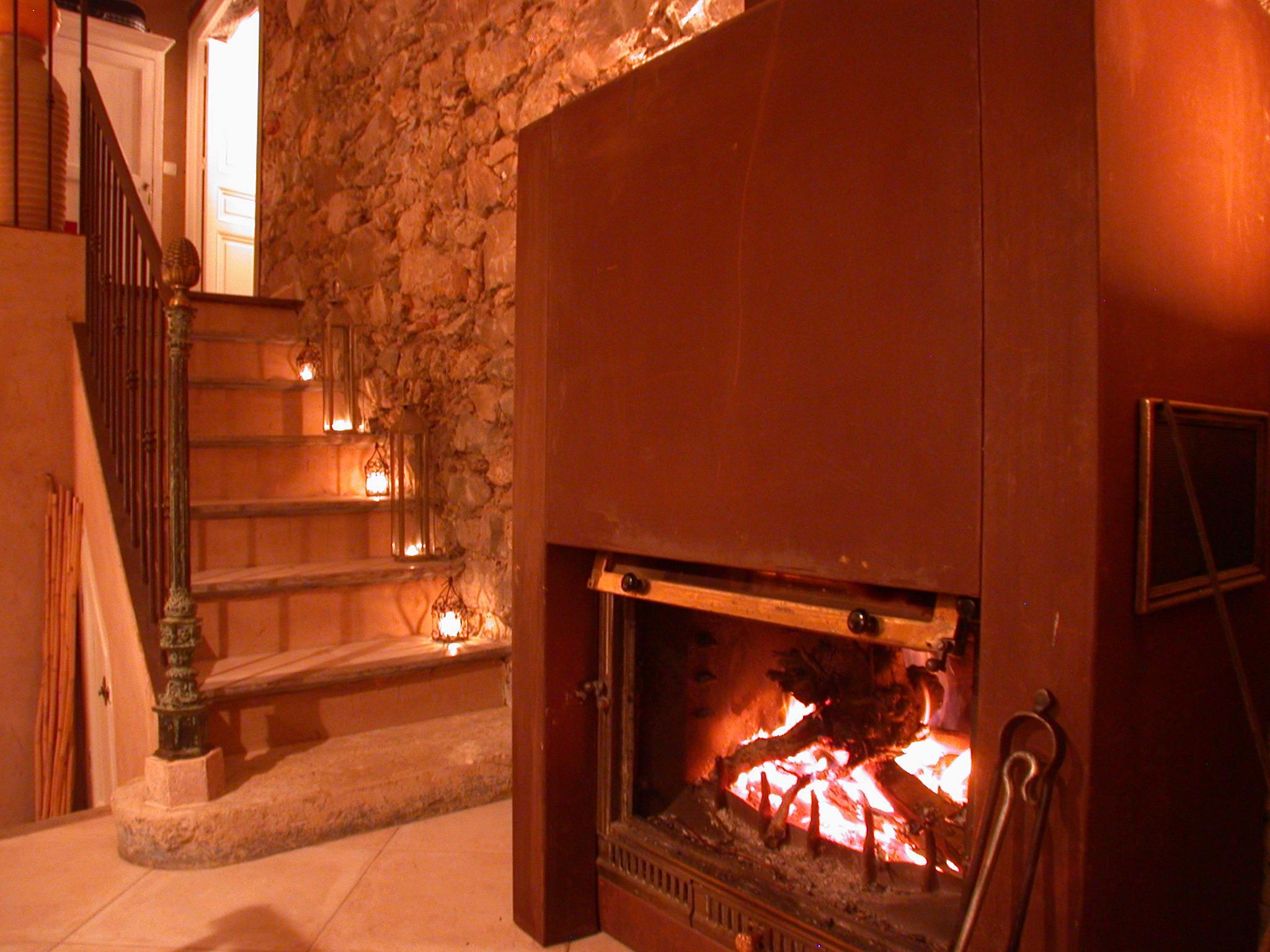 la cheminée, l'hiver