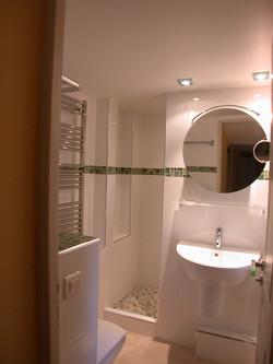salle de douche 1 lit en 160cm