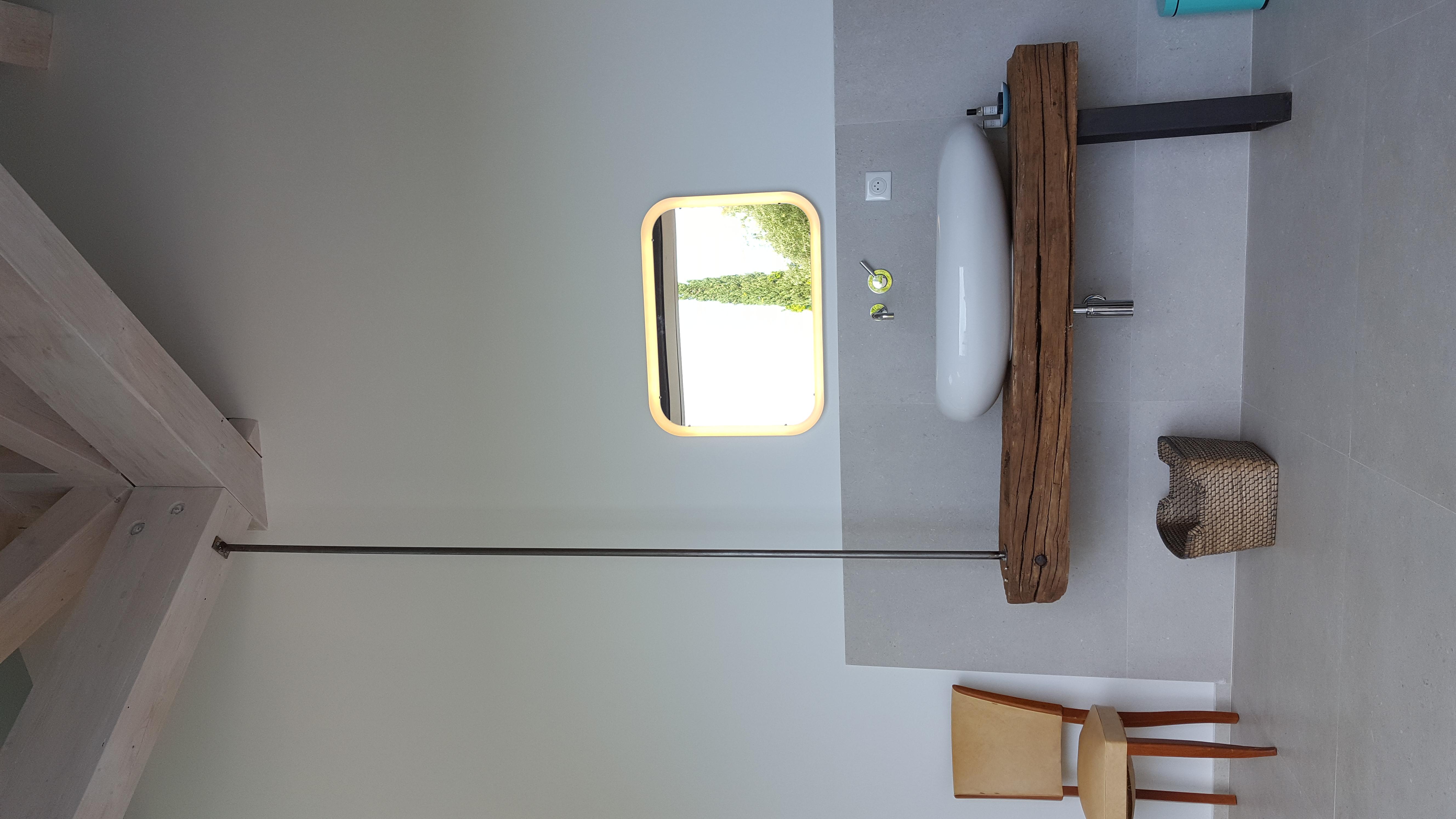 lavabo chambre 1