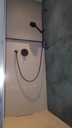 douche de la chambre 2