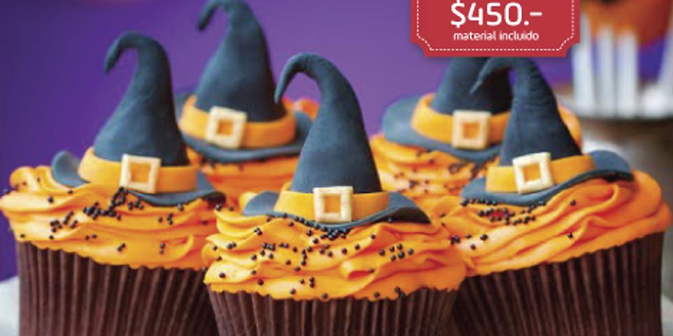 Cupcakes de Halloween decorados con crema y fondant