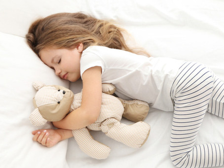 6 razones científicas por las que los niños deben dormir temprano