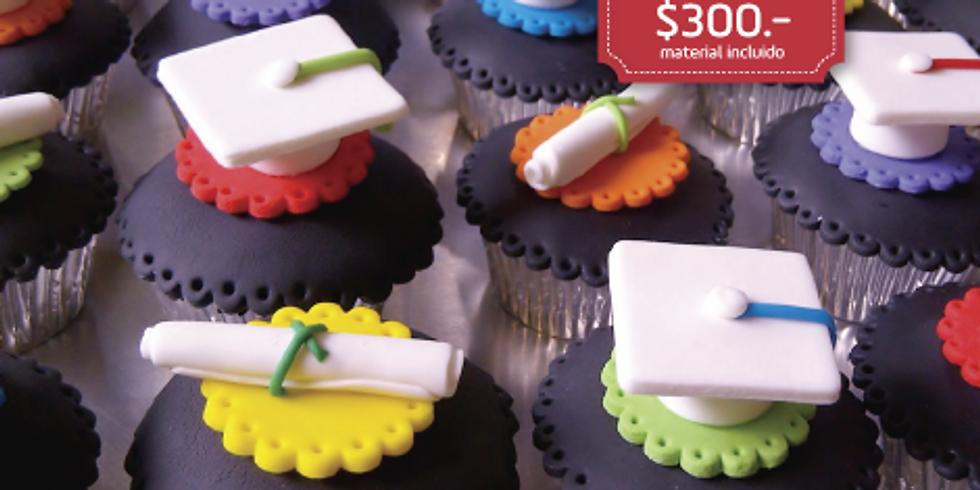 Horneado y decoración de cupcakes para GRADUACIÓN