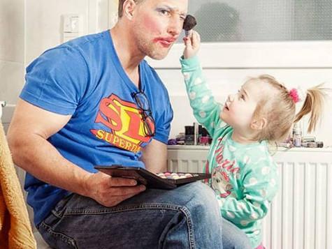 20 encantadoras cosas que un papá moderno hace...