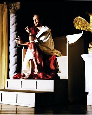 Pilatos, a Hora Nona