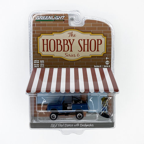 Greenlight The Hobby Shop - 1967 Ford Bronco with Backpacker (2020)  Alhershop