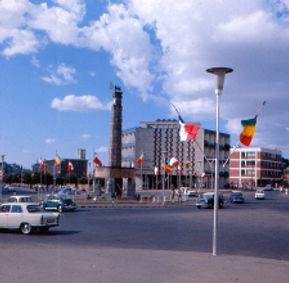 E.AA.13.vis.Pompidou SW.jpg