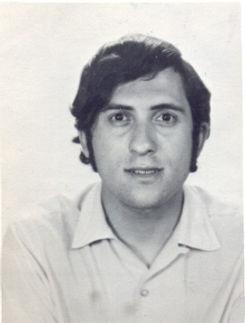 Guy c. 20ans.jpg