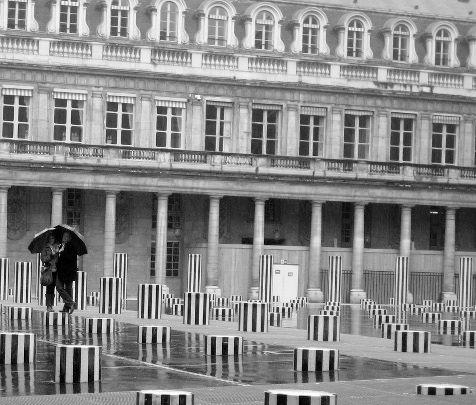 PH Palais Royal pluie - copie.JPG