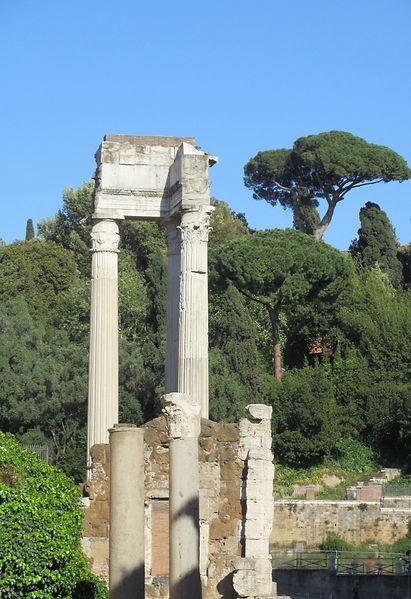 V Rome colonnes.jpg